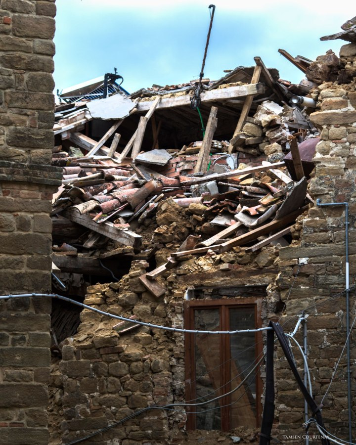 gualdo-collapsed-roof-8x10