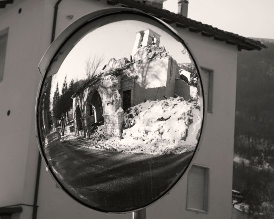 visso-church-in-mirror-bw